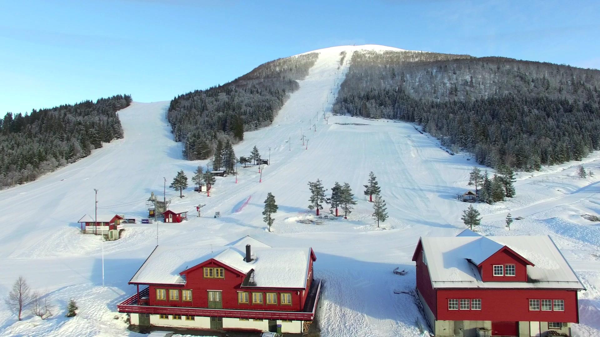 Volda skisenter påska 2016: Nydeleg påskeføre i skiløypene